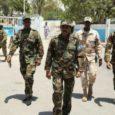 El Gobierno de Somalia ha aprobado este lunes el nombramiento de los nuevos jefes de la Policía y los servicios de Inteligencia, cerca de cuatro meses después del cese de […]