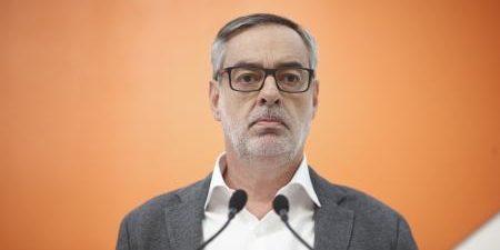 """El secretario general de Ciudadanos, José Manuel Villegas, ha definido como """"el súmmun del esperpento"""" que el líder de Podemos, Pablo Iglesias, vaya a negociar este viernes los Presupuestos de […]"""