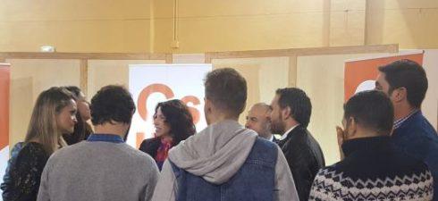 """LEPE (HUELVA), 17 La cabeza de lista de Ciudadanos (Cs) por Huelva al Parlamento de Andalucía, Rocío Ruiz, ha criticado este sábado que """"los socialistas se han dedicado estos 40 […]"""