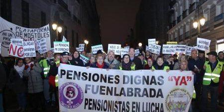 """Una manifestación de pensionistas en Madrid ha reclamado este sábado unas pensiones """"dignas"""", bajo el lema Nuestro Futuro , ante la creciente preocupación por el futuro del sistema público de […]"""
