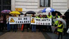 Más de medio centenar de personas afectadas por la línea de alta tensión Astillero-Cacicedo se han concentrado ese sábado ante la Delegación del Gobierno en Cantabria, donde han mostrado su […]