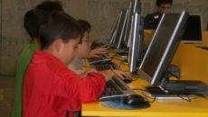 El 100% de los niños de Santander de entre 10 y 15 años son usuarios de ordenador, casi nueve puntos por encima de la media nacional (91,3%), y un 49,5% […]