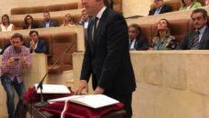 El regionalista Pablo Diestro, alcalde de Reocín, ha tomado este miércoles posesión de su cargo como diputado del PRC en el Parlamento de Cantabria, ocupando el escaño que le hubiera […]