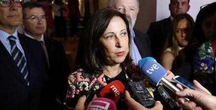 """La ministra de Defensa en funciones, Margarita Robles, ha hecho este viernes un """"llamamiento"""" a la """"responsabilidad"""" de todas las fuerzas políticas en el debate de investidura de la próxima […]"""