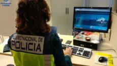 Agentes de la Policía Nacional han detenido a una mujer de 58 años, identificada como M.B.P.L., como autora de un presunto delito de estafa, por sacar más de 12.000 euros […]