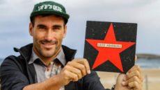 La localidad de Somo, en Ribamontán al Mar, ha sumado a su paseo de la fama sobre el surf la estrella de Aritz Aranburu, el primer deportista español en acceder […]