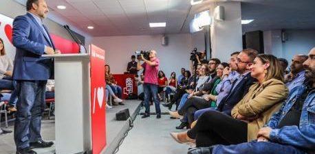 """MÉRIDA, 16 El secretario de Organización del PSOE y ministro de Fomento, José Luis Ábalos, ha apelado este miércoles a los partidos de la oposición a la """"lealtad en estos […]"""