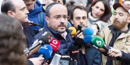 BARCELONA, 14 El presidente del PP catalán, Alejandro Fernández, ha tachado de inaceptable que el primer secretario del PSC, Miquel Iceta, que ha sido ratificado en el cargo en el […]