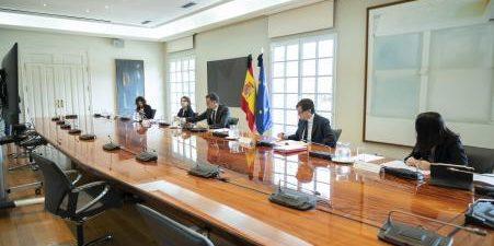 Los presidentes del PP y Lambán han criticado que se pacte su traspaso con País Vasco y Navarra y no con el resto de las CCAA Los presidentes de Andalucía, […]