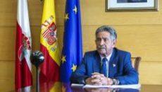 El presidente de Cantabria, Miguel Ángel Revilla (PRC), ha reaccionado al anuncio del traslado del rey Juan Carlos publicando un tweet en el que «espera que la Justicia haga su […]